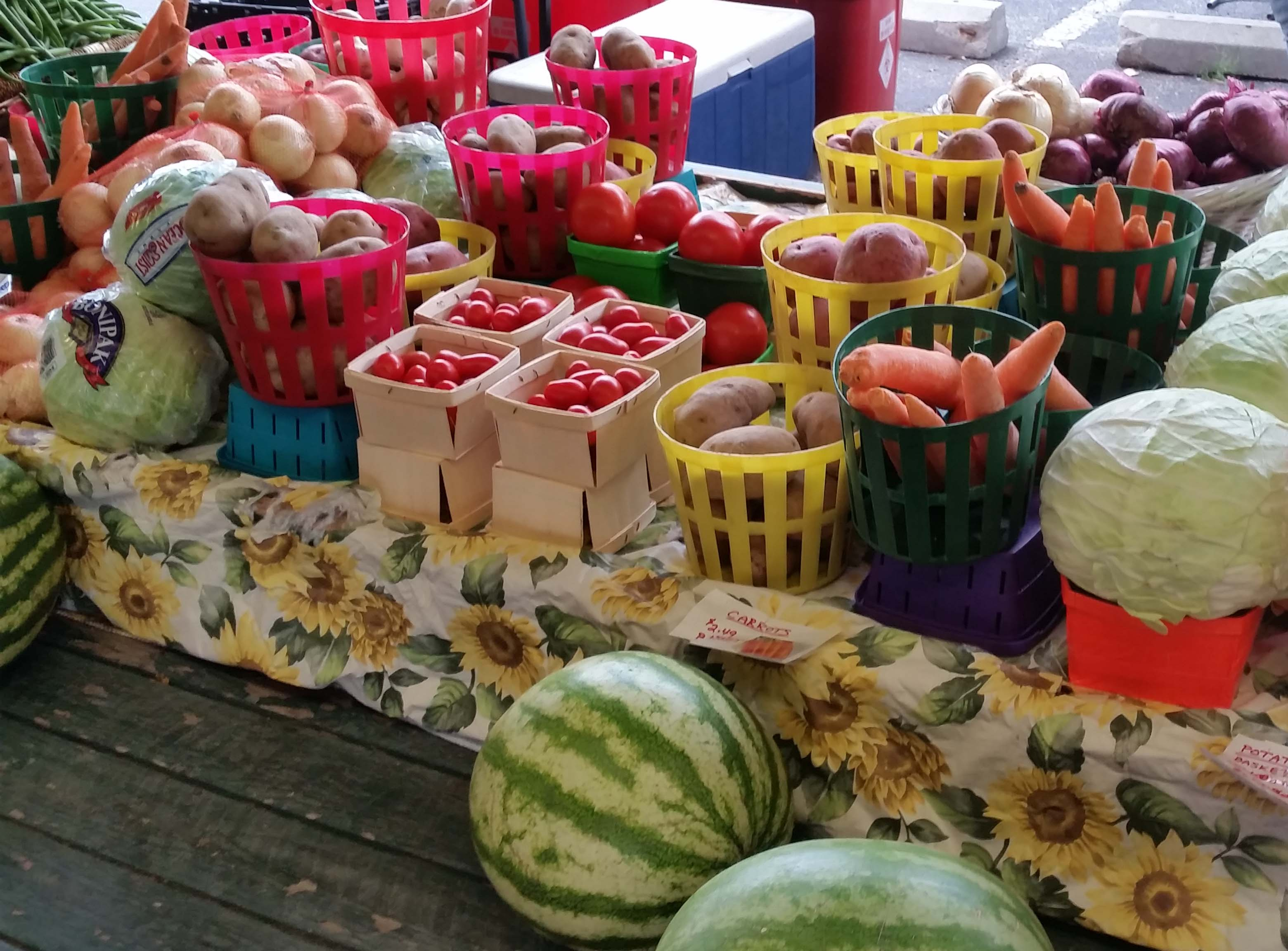 Fresh produce at the Downtown Toledo Farmers' MArket