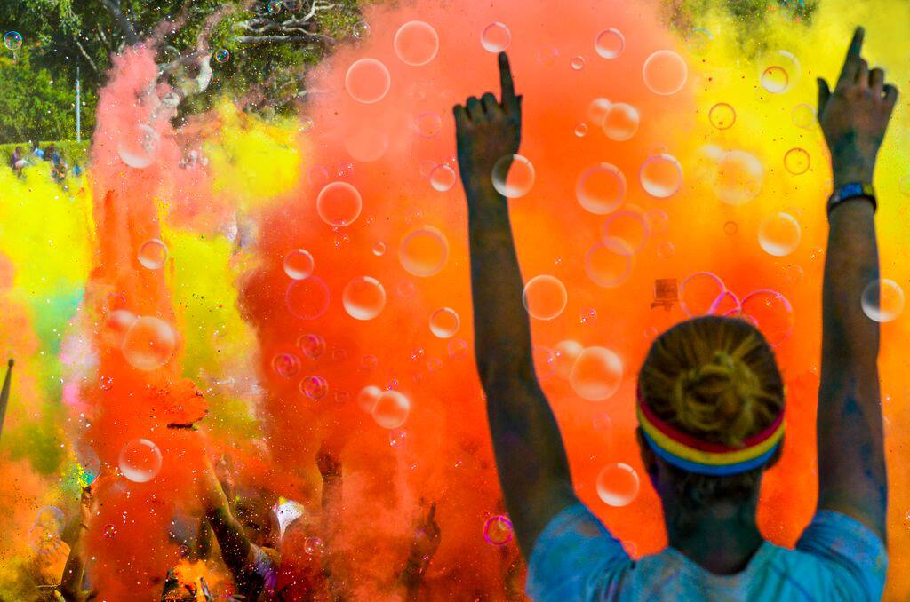 Photo source: https://www.facebook.com/thecolorrun